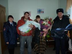 В канун Нового года сотрудники ОГИБДД МО МВД России «Рубцовский» провели мероприятие «Полицейский Дед Мороз»