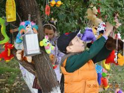 В Детско-юношеском центре прошла традиционная акция милосердия «Чудо-дерево»